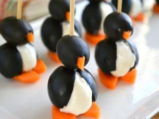 Сладки пингвини от маслини и моркови