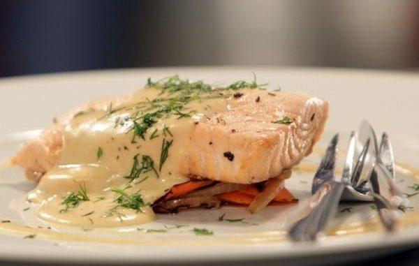 Рецепта за сьомга със сос шампаско