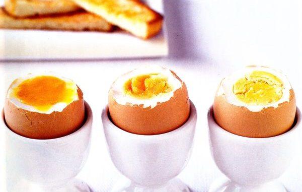 Как да сварим перфектно яйца съвети за твърдо сварени или рохки яйца