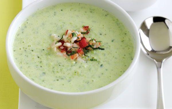Студена супа с краставици