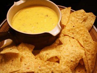 Рецепта за сос от кашкавал за начос