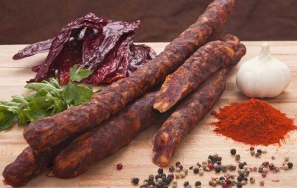 Рецепта за домашен колбас –мезе с безупречно качество