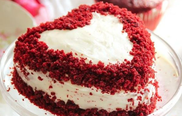 Лесна рецепта за торта в бяло и червено