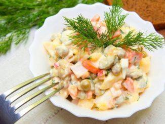 Руска салата без майонеза и шунка