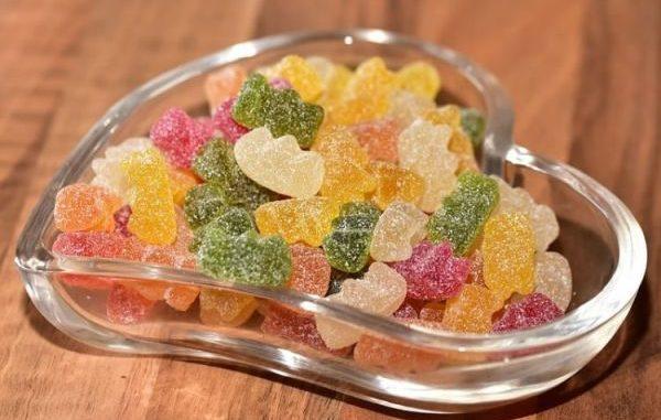 Бързи желирани домашни бонбони