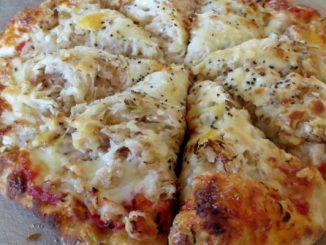 Пица с кисело зеле