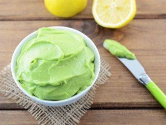 Зелена майонеза от авокадо
