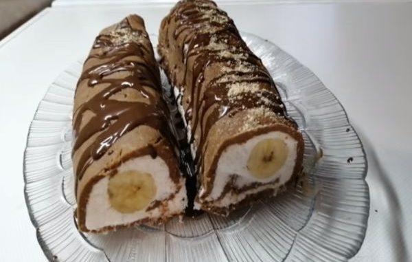 Посно бананово руло