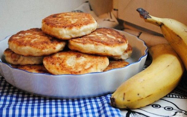 Бананови хапки с крема сирене